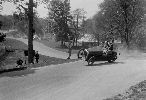 Misfortune「Austin 7 of B Sparrow about to crash, Donington Park Race Meeting, Leicestershire, 1933」:写真・画像(17)[壁紙.com]