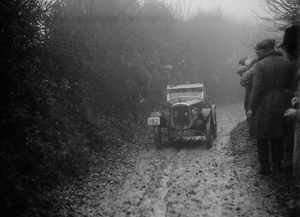 Country Road「Austin 7 of HC Jacobs competing in the MCC Exeter Trial, Meerhay, Dorset, 1930」:写真・画像(4)[壁紙.com]