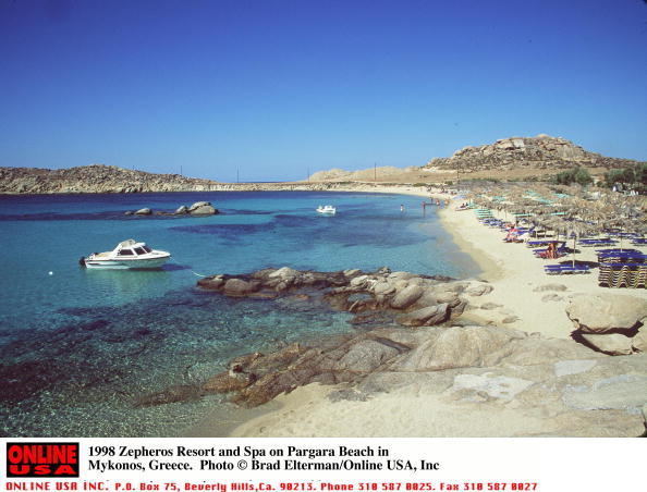 Mykonos「1998 Zepheros Resort and Spa on Pargara Beach in Mykonos, Greece.」:写真・画像(2)[壁紙.com]