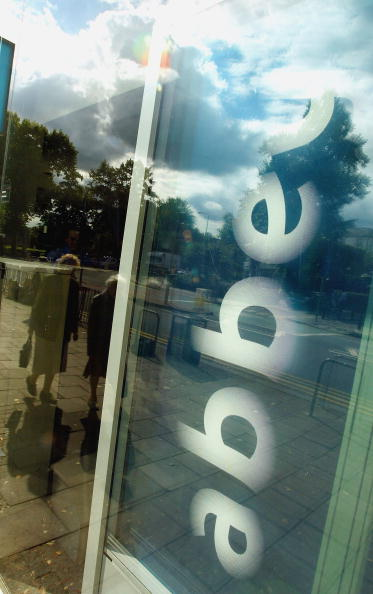 Finance and Economy「GBR: Abbey National Agree To Spanish Bank Takeover Bid」:写真・画像(15)[壁紙.com]