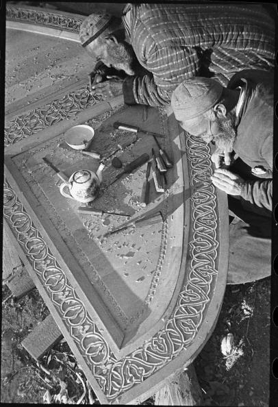 Uzbekistan「Wood-Carvers」:写真・画像(8)[壁紙.com]