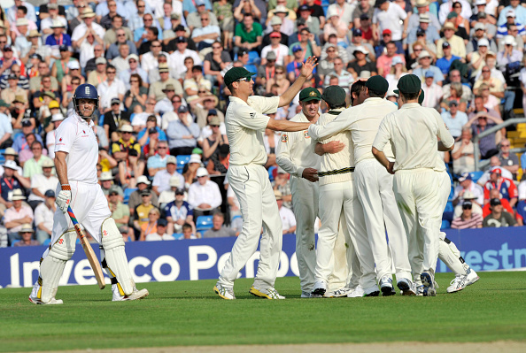West Yorkshire「Cricket Test Match England v Australia at Headingley Stadium Leeds 2009」:写真・画像(19)[壁紙.com]
