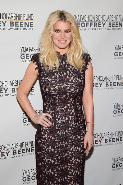 Jessica Simpson「YMA Fashion Scholarship Fund Geoffrey Beene National Scholarship Awards Gala」:写真・画像(11)[壁紙.com]