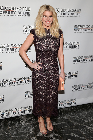 Jessica Simpson「YMA Fashion Scholarship Fund Geoffrey Beene National Scholarship Awards Gala」:写真・画像(2)[壁紙.com]