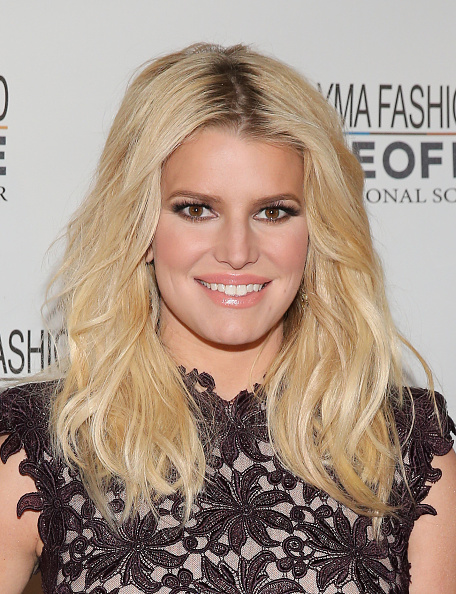 Jessica Simpson「YMA Fashion Scholarship Fund Geoffrey Beene National Scholarship Awards Gala」:写真・画像(15)[壁紙.com]
