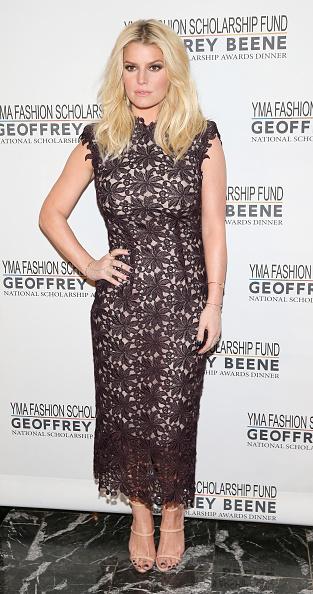 Jessica Simpson「YMA Fashion Scholarship Fund Geoffrey Beene National Scholarship Awards Gala」:写真・画像(14)[壁紙.com]