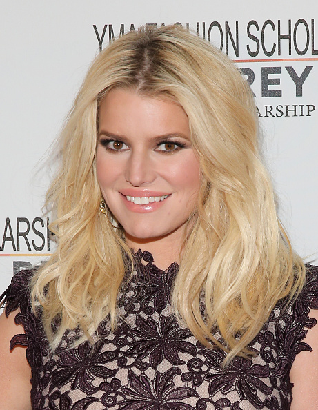 Jessica Simpson「YMA Fashion Scholarship Fund Geoffrey Beene National Scholarship Awards Gala」:写真・画像(14)[壁紙.com]