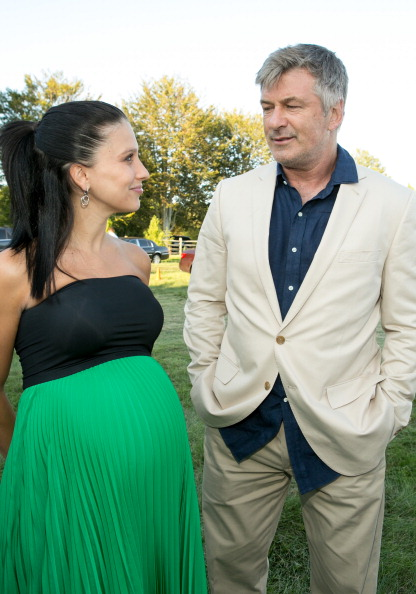 Two-Toned Dress「Authors Night For The East Hampton Library」:写真・画像(4)[壁紙.com]