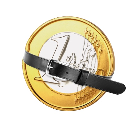 Belt「Belt tied around euro coin, close-up」:スマホ壁紙(12)