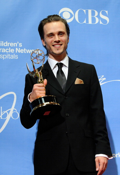 David Becker「38th Annual Daytime Entertainment Emmy Awards - Press Room」:写真・画像(13)[壁紙.com]