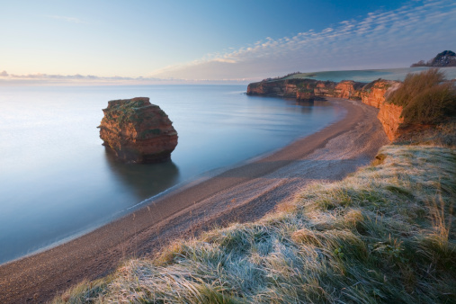 UNESCO「Ladram Bay at Sunrise in Winter. Jurassic Coast World Heritage Site. Devon. England. UK.」:スマホ壁紙(2)