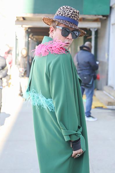 Achim Aaron Harding「Street Style - New York Fashion Week February 2019 - Day 3」:写真・画像(10)[壁紙.com]