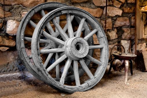 Blacksmith Shop「Wagon Wheels in a Blacksmith's Shop」:スマホ壁紙(14)