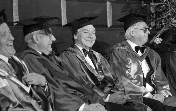 Maureen Potter, Hugh Leonard and Gay Byrne 1988:ニュース(壁紙.com)
