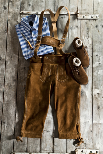 Traditional Clothing「Leather trousers, traditional shirt and Haferlschuh, traditional Bavarian shoe」:スマホ壁紙(12)