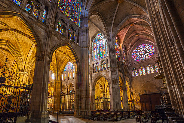 Leon cathedral in Spain:スマホ壁紙(壁紙.com)