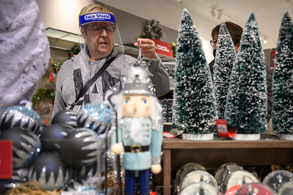 Holiday - Event「British Retail Consortium Urge Shoppers To Buy Early For Christmas」:写真・画像(16)[壁紙.com]