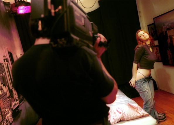 Pornography「Adult Business Profit On The Rise」:写真・画像(6)[壁紙.com]