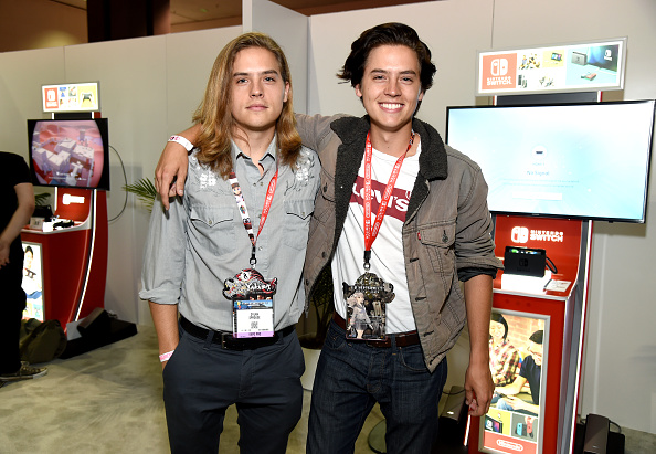 Cole Sprouse「Nintendo Hosts Celebrities At 2017 E3 Gaming Convention」:写真・画像(9)[壁紙.com]