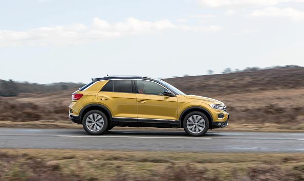 Finance and Economy「2017 Volkswagen T-Roc.」:写真・画像(2)[壁紙.com]