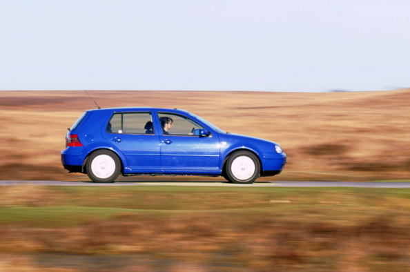 運転手「1999 Volkswagen Golf tdi」:写真・画像(12)[壁紙.com]
