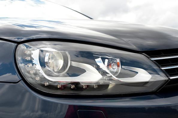Headlight「2011 Volkswagen EOS 2」:写真・画像(3)[壁紙.com]
