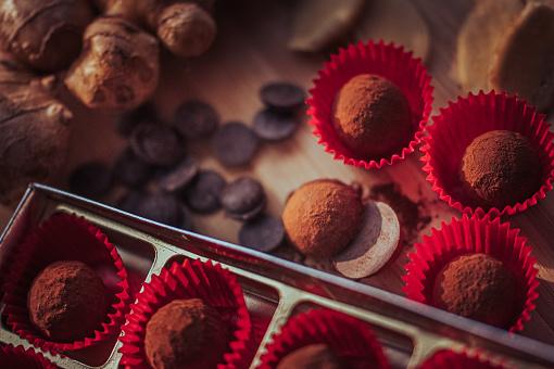Milk Chocolate「chocolate truffles」:スマホ壁紙(16)