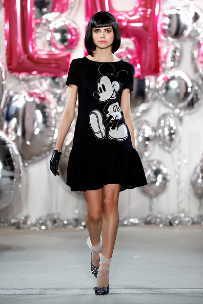 Mickey Mouse「Lena Hoschek Show - Mercedes-Benz Fashion Week Berlin A/W 2017」:写真・画像(0)[壁紙.com]