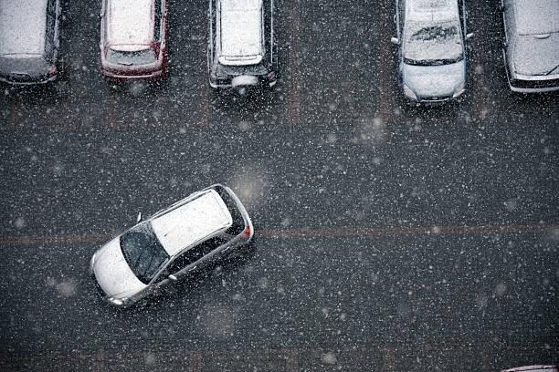 冬の交通:スマホ壁紙(壁紙.com)
