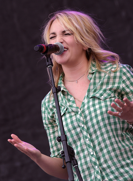 Jamie Lynn Spears「Country Thunder USA In Florence, Arizona - Day 3」:写真・画像(19)[壁紙.com]