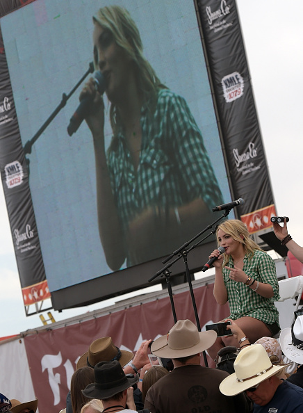 Jamie Lynn Spears「Country Thunder USA In Florence, Arizona - Day 3」:写真・画像(17)[壁紙.com]