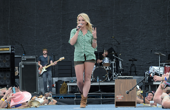 Jamie Lynn Spears「Country Thunder USA In Florence, Arizona - Day 3」:写真・画像(16)[壁紙.com]