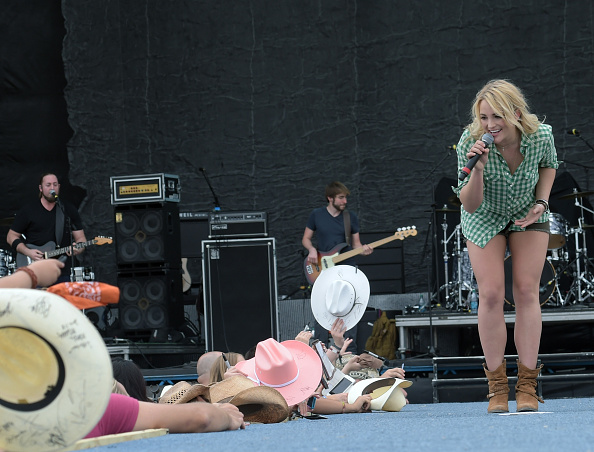Jamie Lynn Spears「Country Thunder USA In Florence, Arizona - Day 3」:写真・画像(10)[壁紙.com]
