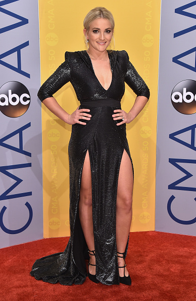 Jamie Lynn Spears「The 50th Annual CMA Awards - Arrivals」:写真・画像(1)[壁紙.com]