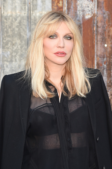 Courtney Love「Givenchy - Arrivals - Spring 2016 New York Fashion Week」:写真・画像(2)[壁紙.com]