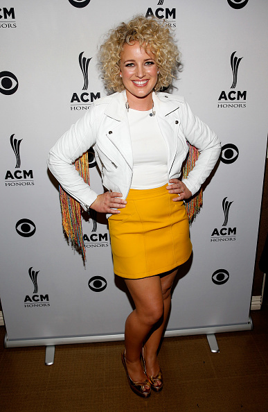 Jacket「10th Annual ACM Honors - Backstage And Audience」:写真・画像(19)[壁紙.com]