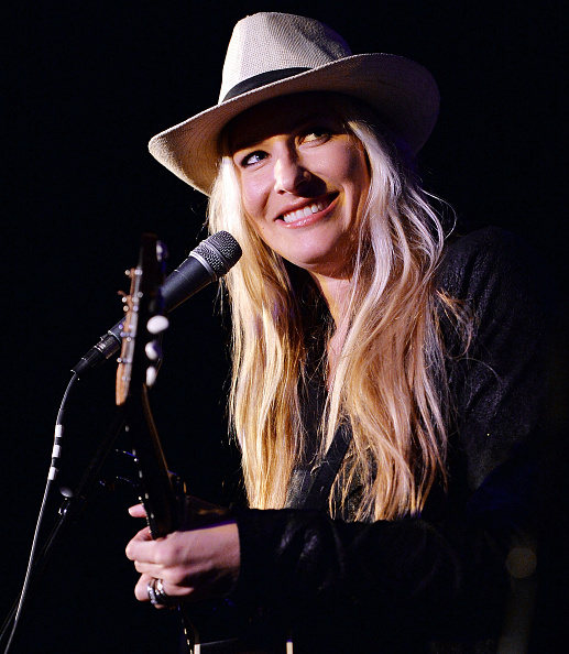 Cream Colored Hat「Holly Williams Plays 3rd & Lindsley」:写真・画像(3)[壁紙.com]