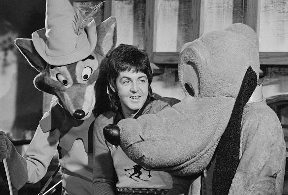 Fictional Character「Robin, Paul And Pluto」:写真・画像(6)[壁紙.com]
