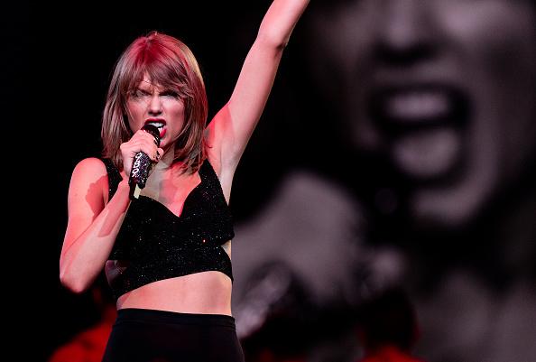 テイラー・スウィフト「Taylor Swift The 1989 World Tour Live In Los Angeles - Night 1」:写真・画像(2)[壁紙.com]