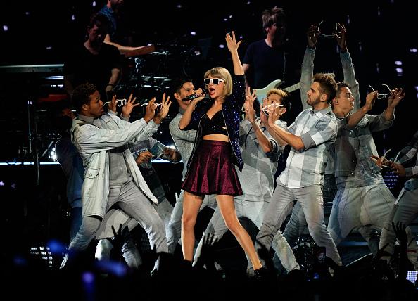 コンサート「Taylor Swift The 1989 World Tour Live In Los Angeles - Night 3」:写真・画像(19)[壁紙.com]