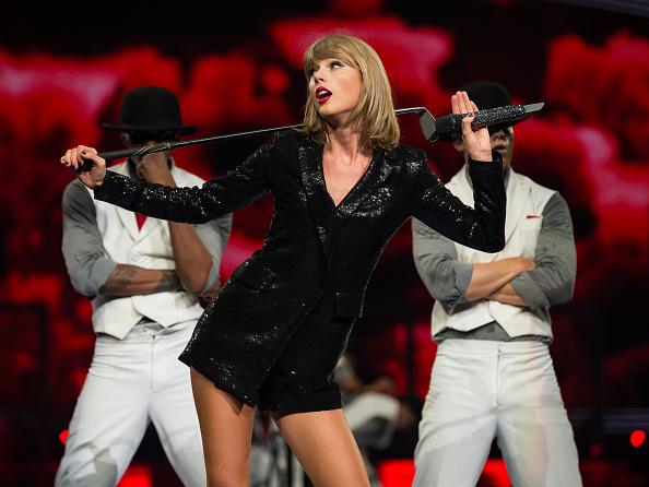 Staples Center「Taylor Swift The 1989 World Tour Live In Los Angeles - Night 2」:写真・画像(7)[壁紙.com]