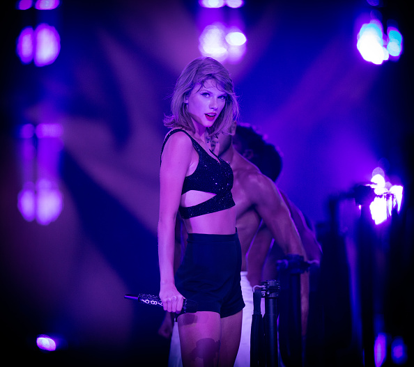テイラー・スウィフト「Taylor Swift The 1989 World Tour Live In Los Angeles - Night 2」:写真・画像(13)[壁紙.com]