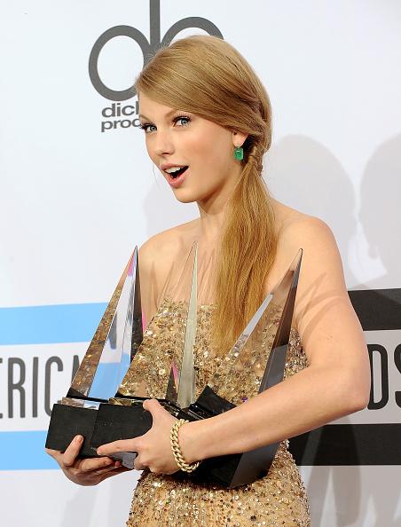 2011 American Music Awards「2011 American Music Awards - Press Room」:写真・画像(19)[壁紙.com]