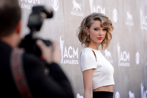 49th ACM Awards「49th Annual Academy Of Country Music Awards - Arrivals」:写真・画像(19)[壁紙.com]