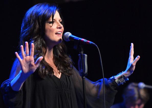 Cuff Bracelet「Country Superstar Martina McBride To Headline 3rd Annual Hymns Hams And Jams Benefiting The Shalom Foundation」:写真・画像(16)[壁紙.com]