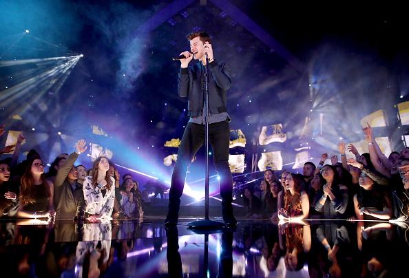 Textured「iHeartRadio Music Awards - Show」:写真・画像(9)[壁紙.com]