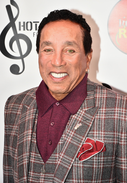 Smokey Robinson「Little Kids Rock Benefit 2016」:写真・画像(16)[壁紙.com]