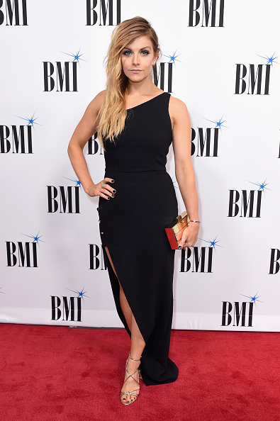 Gold Purse「65th Annual BMI Country Awards - Arrivals」:写真・画像(1)[壁紙.com]