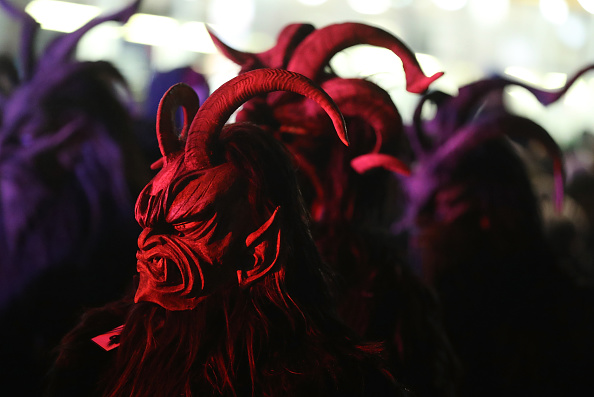 Cultures「Krampus Creatures Parade On Saint Nicholas Day」:写真・画像(0)[壁紙.com]