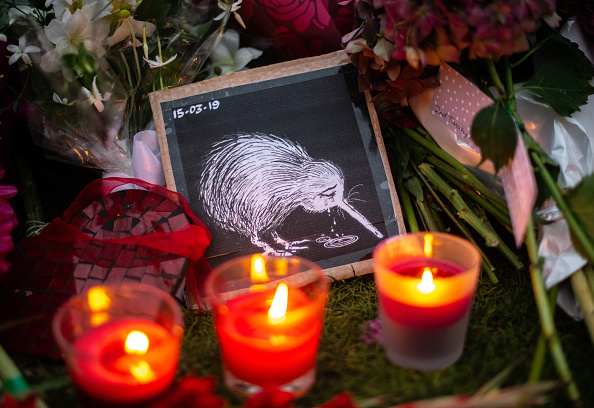 Candle「New Zealand Grieves As Victims Of Christchurch Mosque Terror Attacks Are Identified」:写真・画像(6)[壁紙.com]